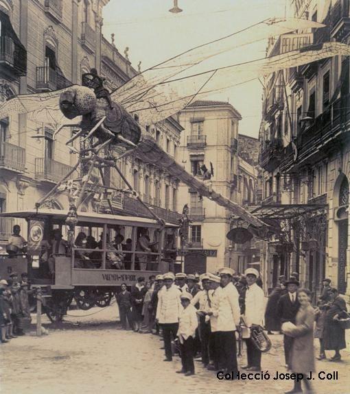 аликанте Улица имени Хосе Мария Пи или человек-праздник из Аликанте tild3431 6437 4165 b164 666561633532  8