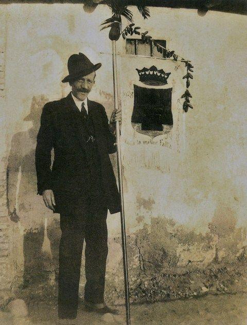 аликанте Улица имени Хосе Мария Пи или человек-праздник из Аликанте tild6130 3566 4464 b738 623166336634  3
