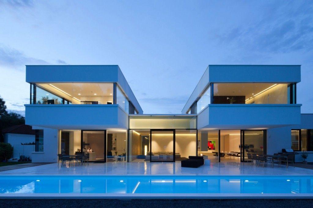Частный дом в испании квартира в дубае на море купить